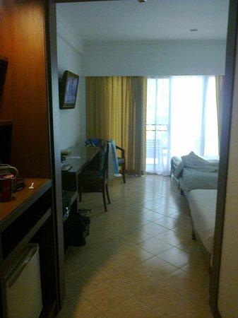 Pinnacle Grand Jomtien Resort: Уютный номер на 1 этаже