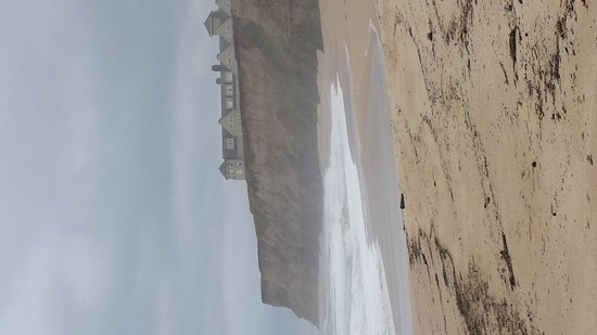 Half Moon Bay State Beach : Lots of room. Not busy at all.