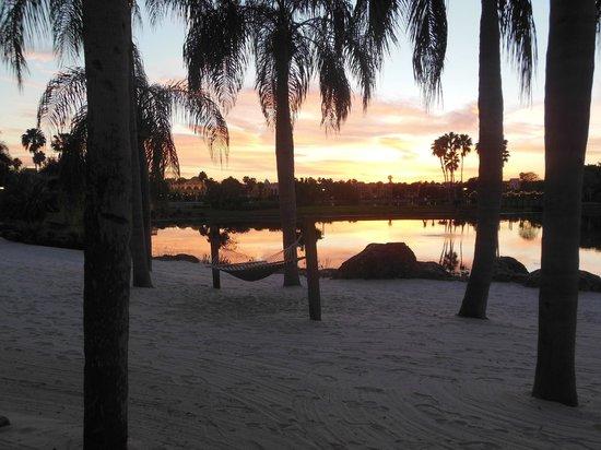 Disney's Coronado Springs Resort: Amache intorno al laghetto
