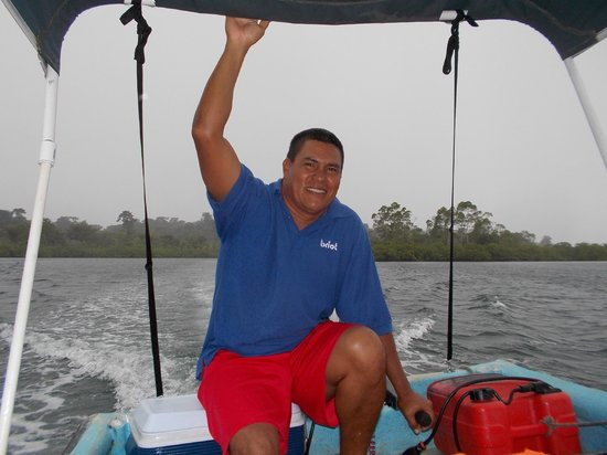 Koko Resort: Captain Chris...he picks you up at Jack and Lee's and ensures that you have a great day