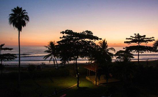 Hotel Casa Azul: Sunset from balcon
