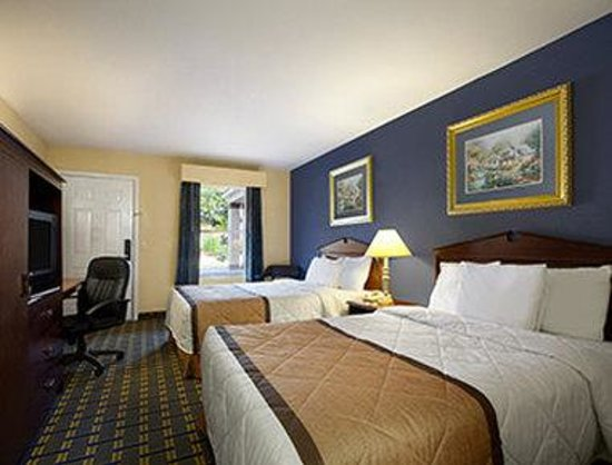 Travelodge Covington : Standard Double Room