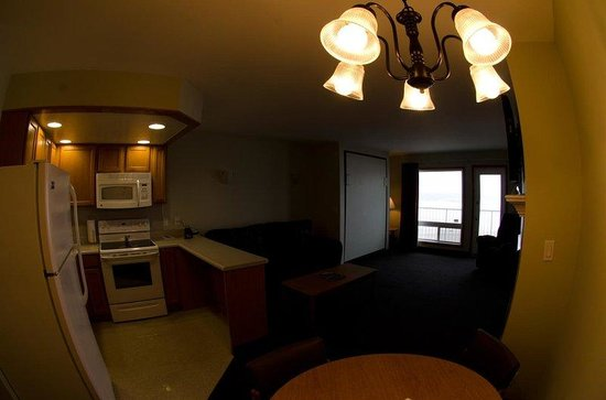 D Sands Condominium Motel : Suite