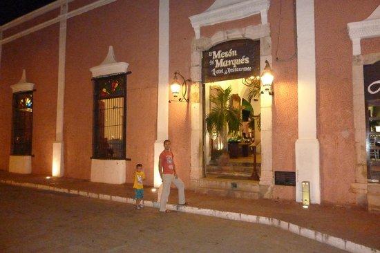 El Meson del Marques: the outside