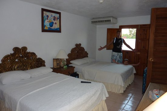 El Meson del Marques: Our room (I think it was double standard)