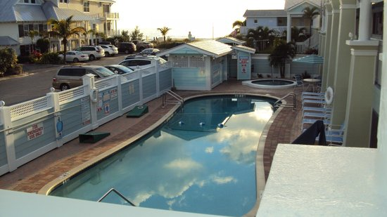 Resort Sixty-Six: The pool was well used every day as well as the hot tub.