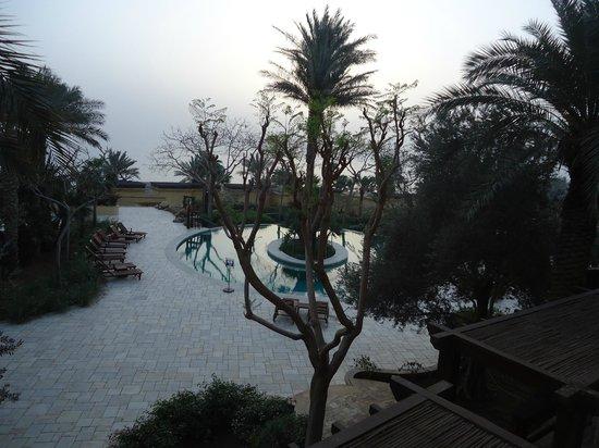 Kempinski Hotel Ishtar Dead Sea: the pools area