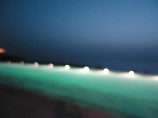 Kempinski Hotel Ishtar Dead Sea: pools