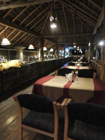 The Siena Village: Outdoor Dinner Buffet