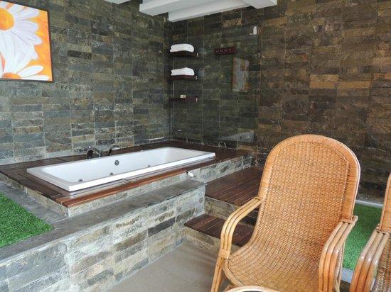 The Siena Village: Honeymoon Suite