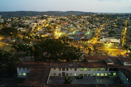 Meliá Santiago de Cuba: santiago de Cuba au petit jour