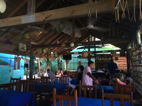 West Bay Lodge and Spa : Restaurant on hotel grounds