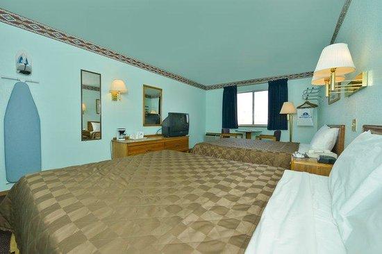 Americas Best Value Inn Tucumcari: Two Queen Standard2