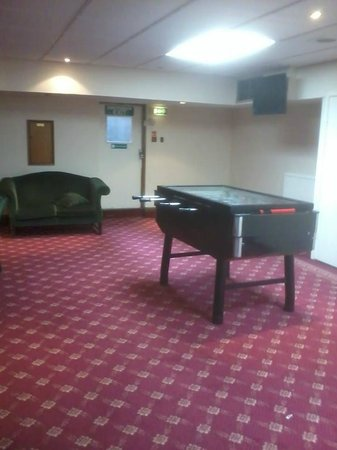 Cedar Court Hotel Huddersfield/Halifax : games room
