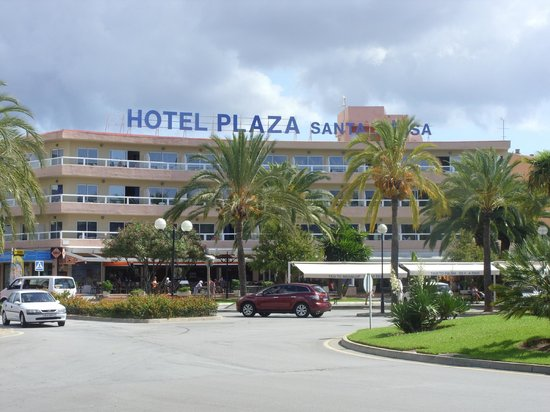 Plaza Santa Ponsa Boutique Hotel: Front of Hotel Fergus Plaza