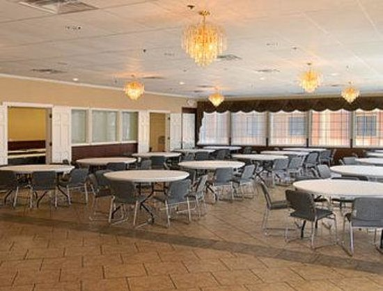 Howard Johnson Tulsa East/Airport: Banquet Room