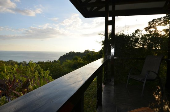TikiVillas Rainforest Lodge & Spa: What a view