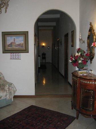 Casa Rabatti: Foyer