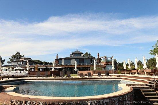 Hotel Art & Spa Las Cumbres: Hermosa vista desde piscina