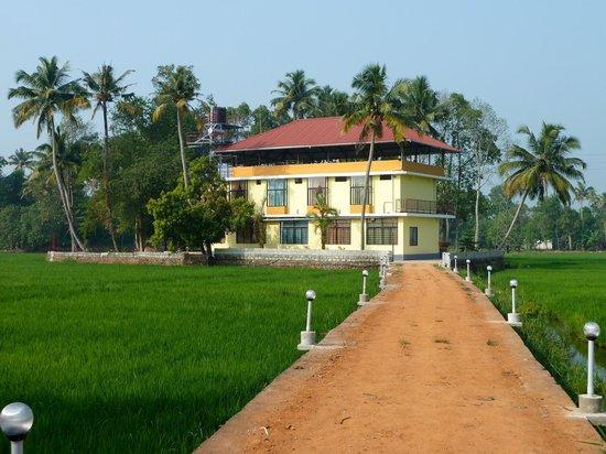 Athreya Ayurvedic Centre: Das neue Haus