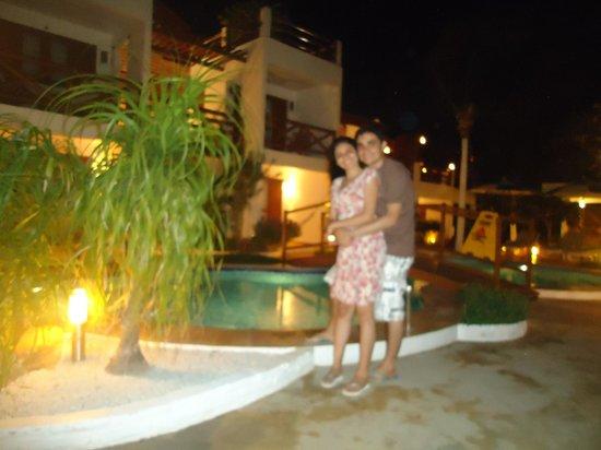 Windjeri Pousada : Área da piscina do hotel a noite...