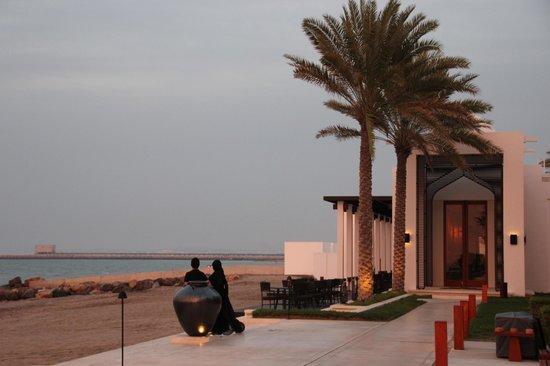 The Chedi Muscat – a GHM hotel: Beachrestaurant