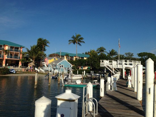 Tween Waters Inn Island Resort & Spa: Main Harbor/Dock
