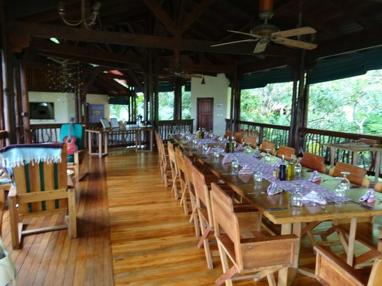 Playa Nicuesa Rainforest Lodge: Dining Area