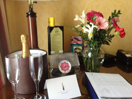 Serrano Hotel : Anniversary gifts from Hotel