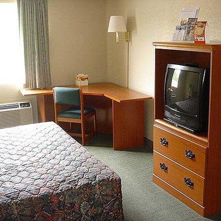M-Star Pensacola: MStar Pensacola Room