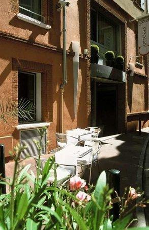 Le Boutique Hotel Garonne: Property Area
