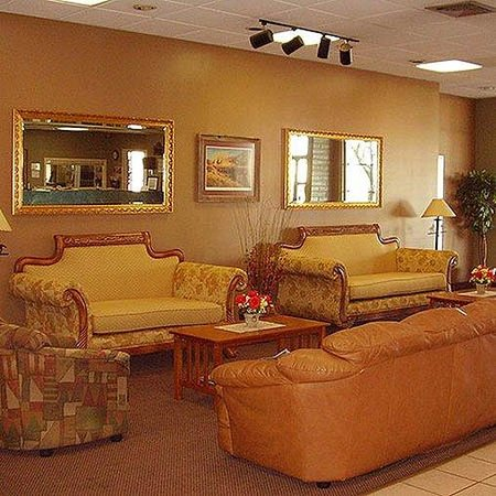 Vacation Inn Phoenix Lobby