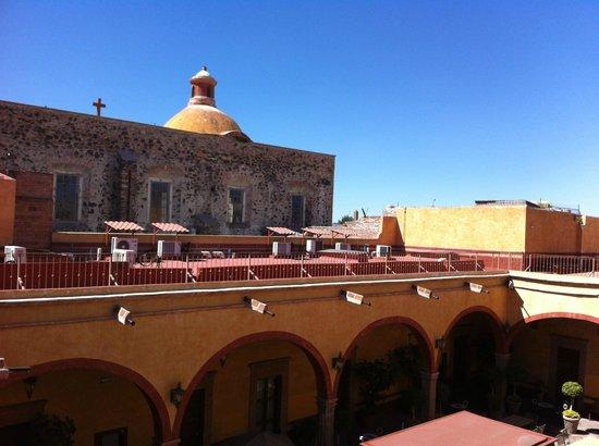 Hotel Quinta Santiago: vue de l'étage