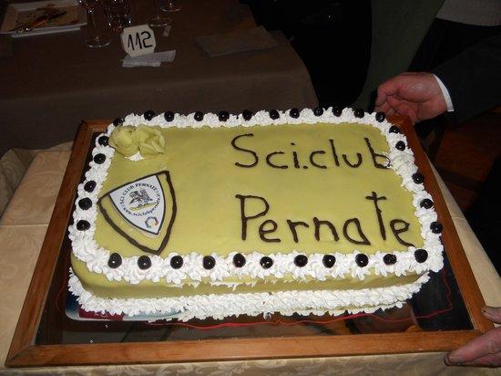Hotel Ladinia: torta offerta x il nostro sciclub