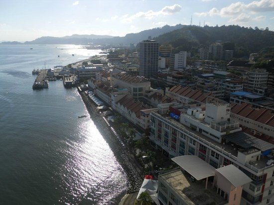 Four Points by Sheraton Sandakan: Westward view from the pool