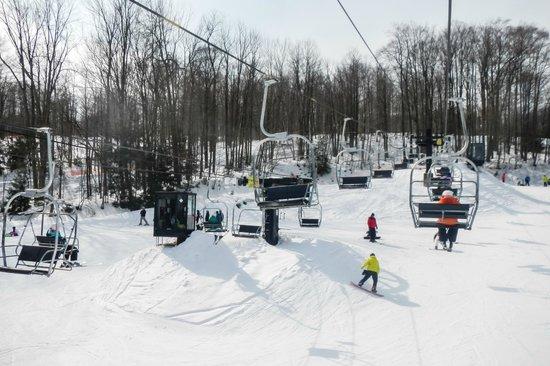 Peek'n Peak Ski Area: Beginner Area Lifts & Trails