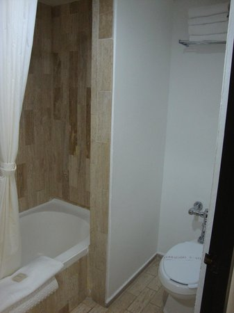 El Cid Castilla Beach Hotel: bathroom