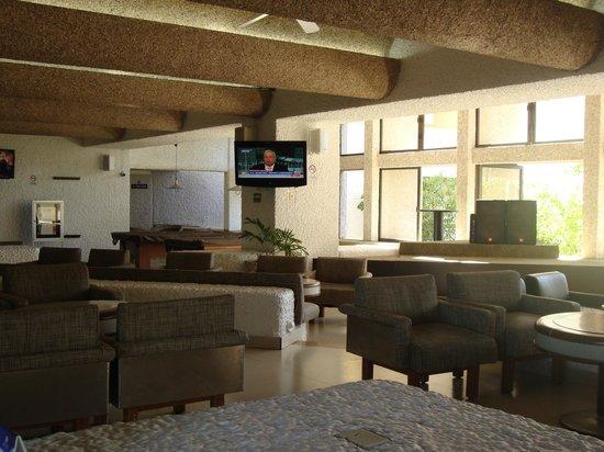 El Cid Castilla Beach Hotel: lobby bar