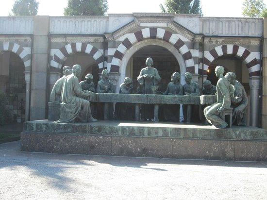 Cimetière Monumental : Cementerio