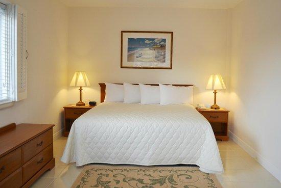 George Hardie's Las Vegas Hotel & Casino: King Bed