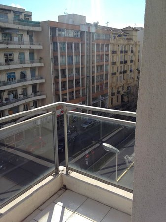 Adagio Access Nice Magnan: facing the street