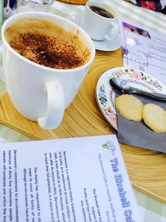 The Bluebell Cafe at Barrowmore: Coffee break at the Bluebell