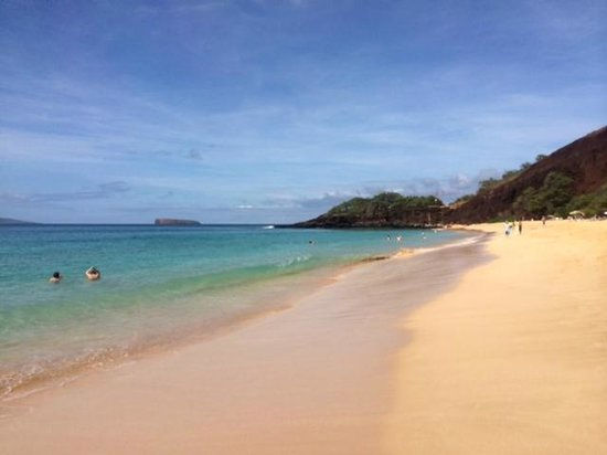 Makena Beach: gorgeous water, remote tropical feel