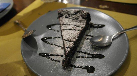 Cantina Do Spade : Torta al cioccolato
