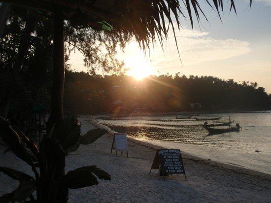 Salad Beach: Beautiful Haad Salaad - looking from North to South