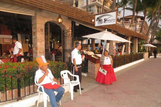 Hotel Casa Dona Susana : Beach Entrance to Restaurant at Los Arcos
