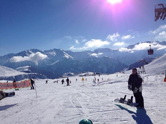 Alpe d'Huez Grand Domaine Ski : sun shine