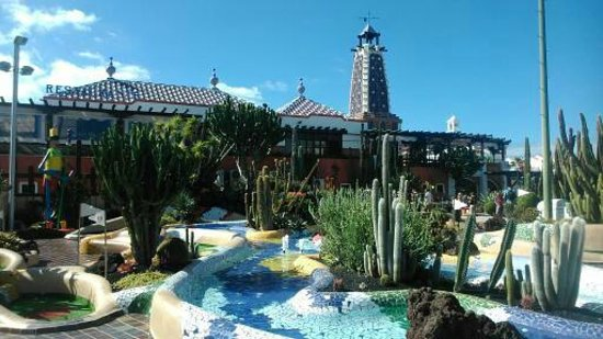 Parque Santiago Mini Golf: mini golf course