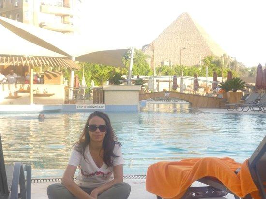 Le Meridien Pyramids Hotel & Spa: Desde la piscina