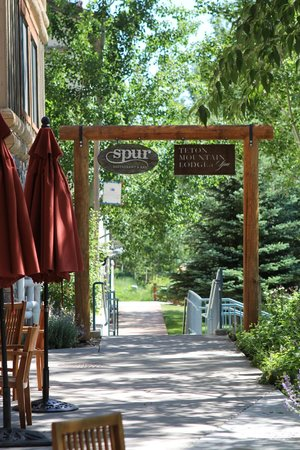 Teton Mountain Lodge & Spa- A Noble House Resort: walkway outside of hotel
